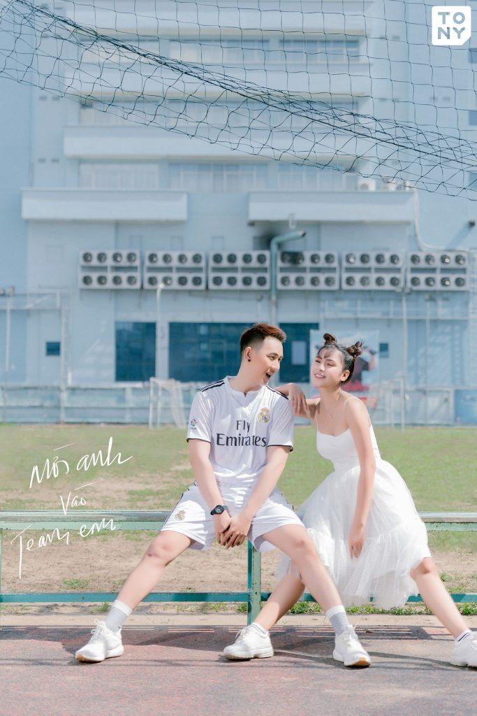 Concept chụp ảnh cưới sân bóng Sài Gòn