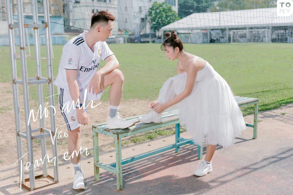 Chụp ảnh cưới sân bóng Sài Gòn
