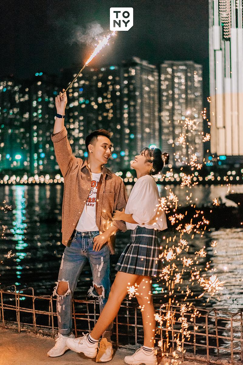 Chụp ảnh cưới đêm sài gòn 2019
