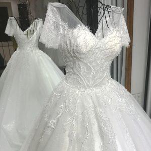 váy cưới tay lỡ